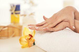 masaż dłoni, masaż relaksacyjny, masaż ciężarnej, w ciąży Tarchomin